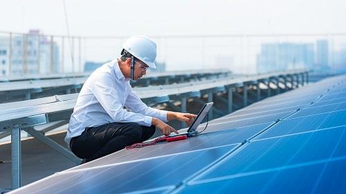 Six bonnes raisons d'allier rénovation thermique et numérique
